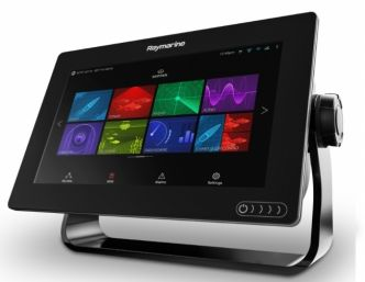 Raymarine AXIOM 9 monitoiminäyttö ja Quantum Q24C Wi-Fi tutka