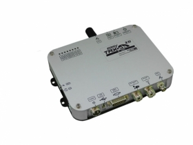 """easyTRX2S-IS-iGPS AIS-lähetin/vastaanotin, Luokka """"B"""" antennisplitterillä/GPS:llä"""