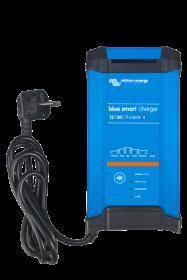 Victron Blue Smart 12/20 automaattilaturi kolmella ulostulolla ja Bluetoothilla