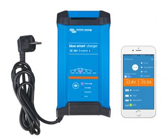 Victron Blue Smart 12/30 automaattilaturi kolmella ulostulolla ja Bluetoothilla