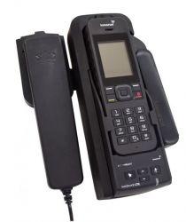 IsatPhone2 kannettava GSPS satelliittipuhelin telakointisarjalla ja ulkoantennilla
