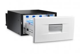 Dometic CoolMatic CD-30 valkoisella etupaneelilla