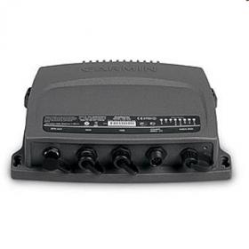 Garmin AIS 600 lähetinvastaanotin antennisplitterillä