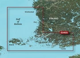 Sisältää yksityiskohtaiset kartat itäiseltä Pohjanlahdelta Kristiinankaupungista Turkuun ja Poriin sekä lähestymisreitin Suomenlahdelta Hankoon ja myös Tammisaareen ja Saloon. Sisältää myös yksityiskohtaiset kartat Ahvenanmaalta.
