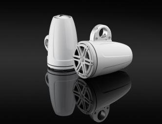 """JL Audio 7.7"""" koteloitu M3-770ETXv3 valkoinen kaiutinpari Sport-ritilällä"""