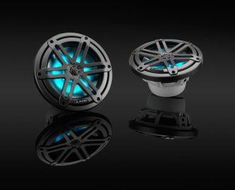 """JL Audio 7.7"""" M3-770x kaiutinpari aseharmaalla Sport-ritilällä ja RGB LED-valolla"""