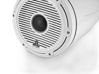 """JL Audio 8.8"""" koteloitu M6-880ETXv3 valkoisella Classic-ritilällä ja rungolla"""