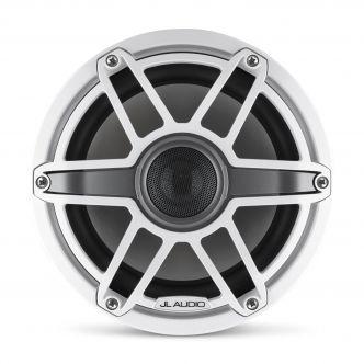 """JL Audio 8.8"""" M6-880x kaiutinpari valkoisella Sport-ritilällä ja rungolla"""