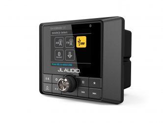 JL Audio MediaMaster® 50 vesitiivis äänilähde täysvärinäytöllä ja 4 x 25 W päätevahvistimella
