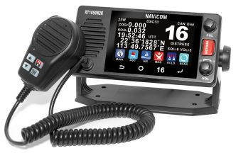 Navicom RT-1050 kosketusnäytöllinen VHF-puhelin NMEA2000/0183 liitännällä