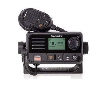 Raymarine Ray53 VHF radiopuhelin sisäisellä GPS:llä